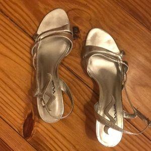 Nina silver dress shoe 8.5